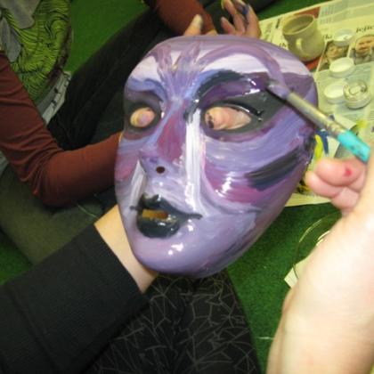 snová práce s maskou