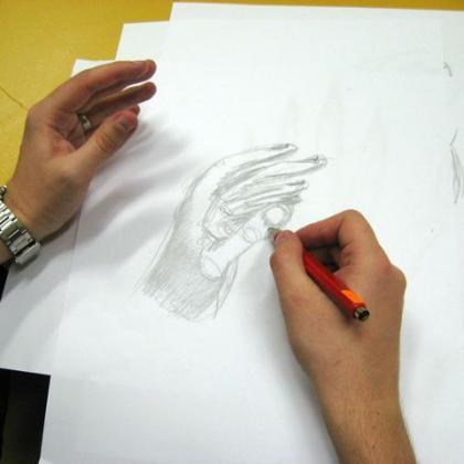 kreslení ruky v kurzu základy kreslení