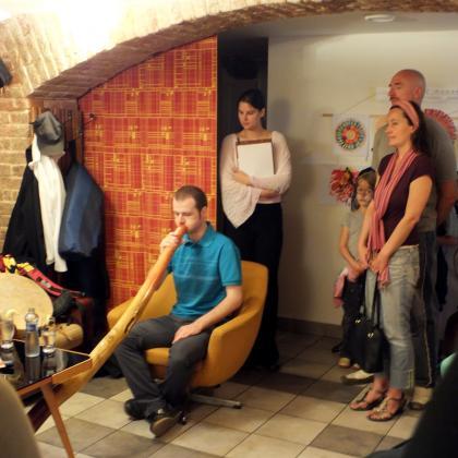 Hudební vystoupení z výstavy Mandala dětem 2012
