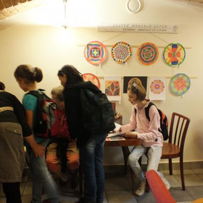 Fotka z výstavy Mandala dětem 2012