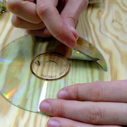 očištění CDčka od vrchní vrstvy